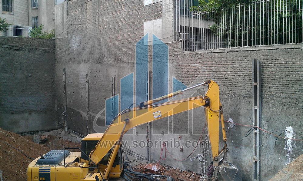 گودبرداری  در مجاورت استخر و ساختمان های فاقد اسکلت