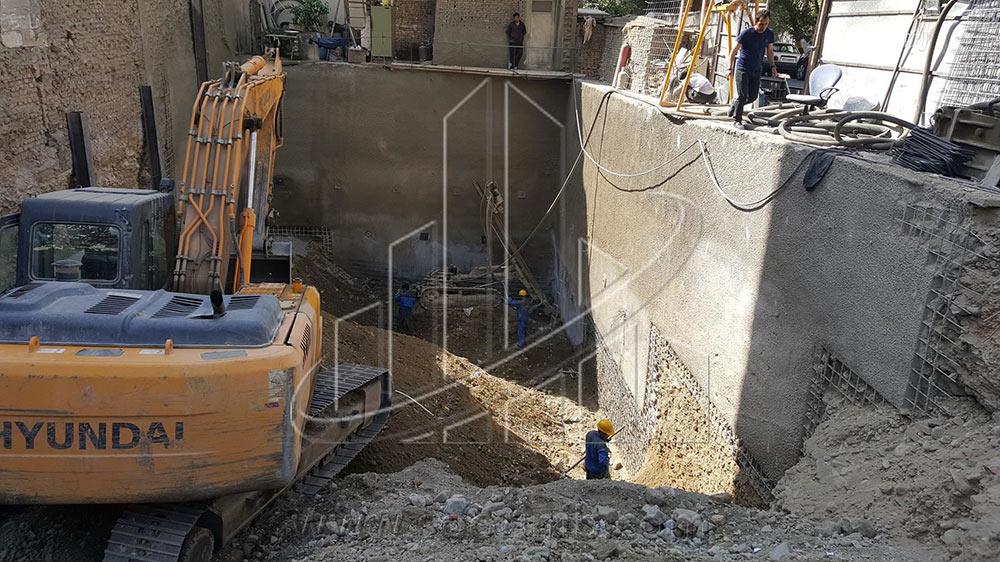 عملیات تثبیت و پایدارسازی  دیوارههای گود به روش نیلینگ و اجرای سازه نگهبان