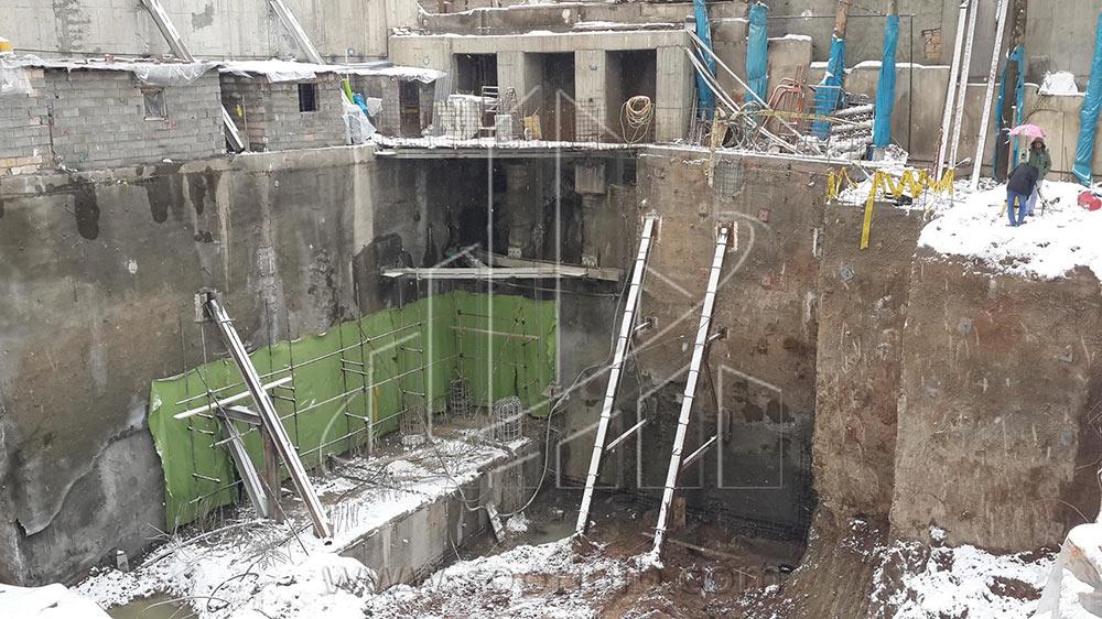 عملیات گودبرداری و تثبیت و پایدارسازی دیوارههای گود به روش اجرای شمع بتنی و سازه نگهبان خرپایی